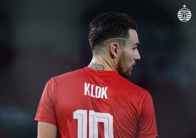 https: img.okezone.com content 2020 07 06 49 2242148 marc-klok-ternyata-seorang-striker-nkOmXoXe3W.jpg