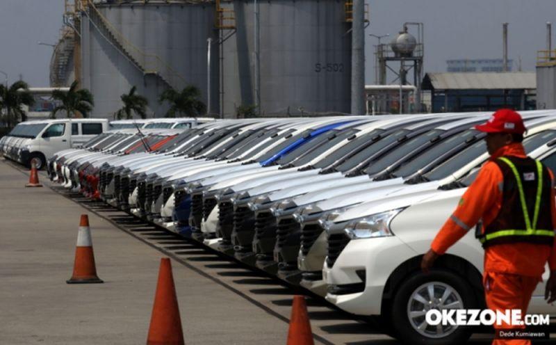 https: img.okezone.com content 2020 07 06 52 2241895 salip-thailand-ekspor-mobil-indonesia-ke-vietnam-cetak-rekor-baru-cnu9XL4uPY.jpg