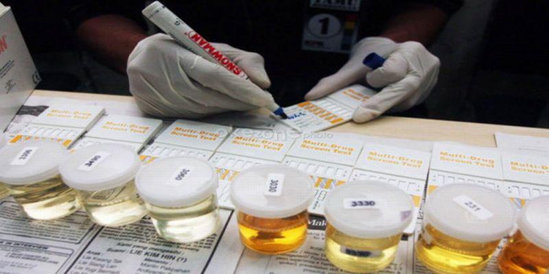 https: img.okezone.com content 2020 07 07 340 2242379 penganiaya-driver-ojol-pekanbaru-ditetapkan-sebagai-tersangka-bahkan-dinyatakan-positif-narkoba-2eJvFQv7L8.jpg