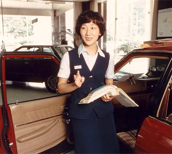 https: img.okezone.com content 2020 07 08 320 2243376 kisah-kyoko-shimada-wanita-pertama-yang-jadi-desainer-mobil-di-jepang-4nsX3Nth5j.jpg