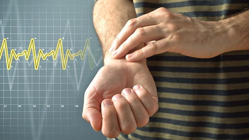 https: img.okezone.com content 2020 07 08 481 2243150 ancaman-stroke-meningkat-saat-pandemi-covid-19-kenali-2-beda-jenisnya-OHhEivMvF8.jpg