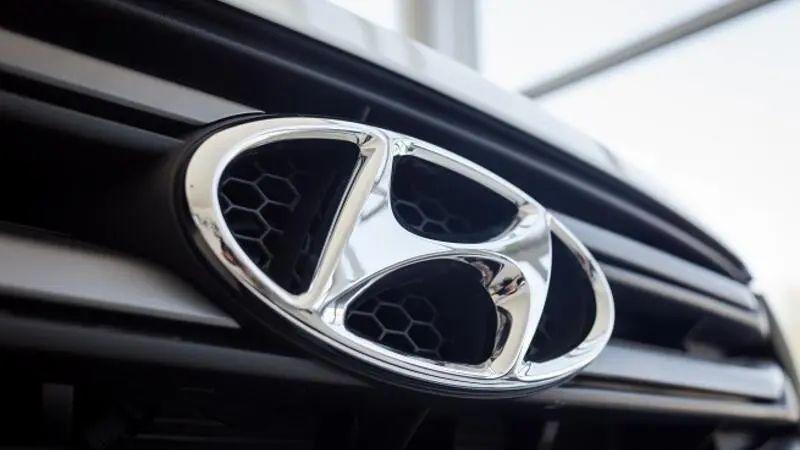 https: img.okezone.com content 2020 07 09 52 2243704 bos-hyundai-kehilangan-rp15-6-triliun-akibat-penjualan-mobilnya-turun-kbfU8hlIan.jpg