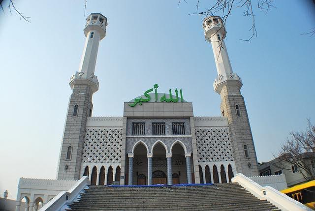 https: img.okezone.com content 2020 07 09 615 2243819 3-wilayah-di-korsel-ini-sediakan-masjid-bagi-warga-muslim-797CFbbcoX.jpg
