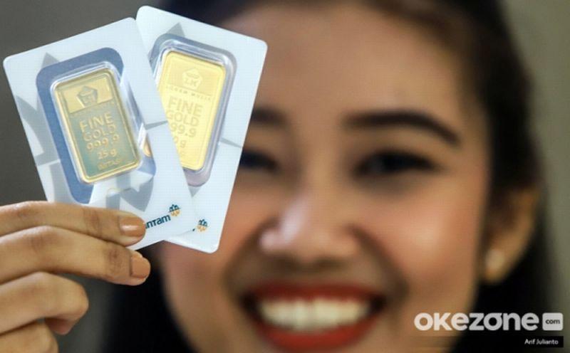 https: img.okezone.com content 2020 07 10 320 2244123 jelang-akhir-pekan-harga-emas-antam-turun-rp3-000-dibanderol-rp937-000-gram-i4aBAjyUhg.jpg