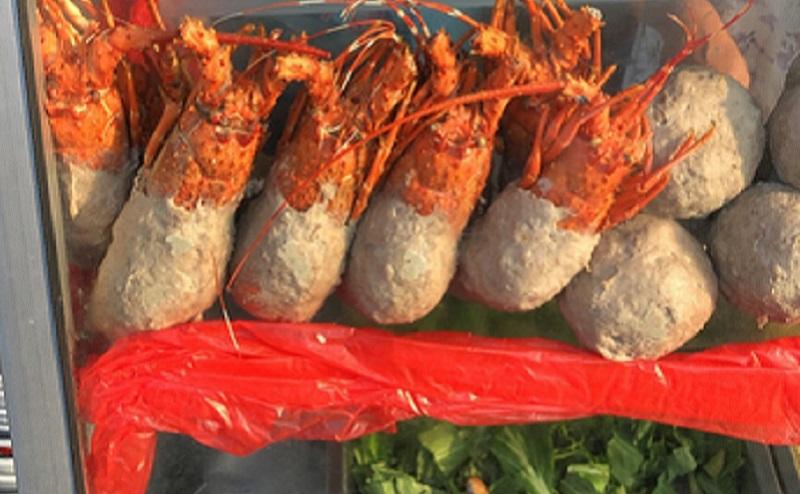 https: img.okezone.com content 2020 07 10 338 2244576 cerita-di-balik-viralnya-bakso-lobster-yuk-simak-aTvEKCqI85.jpg