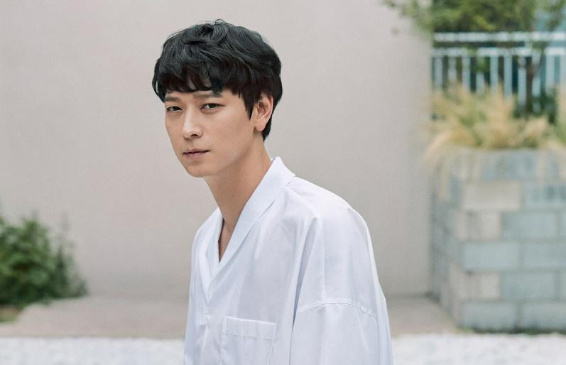https: img.okezone.com content 2020 07 12 206 2245192 kang-dong-won-akui-ada-tekanan-main-di-sekuel-train-to-busan-peninsula-9zSCK5mk09.jpg