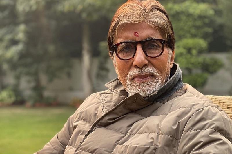 https: img.okezone.com content 2020 07 13 206 2245552 deretan-film-amitabh-bachchan-aktor-bollywood-yang-berjuang-melawan-covid-19-nWUSaMFQhH.jpg