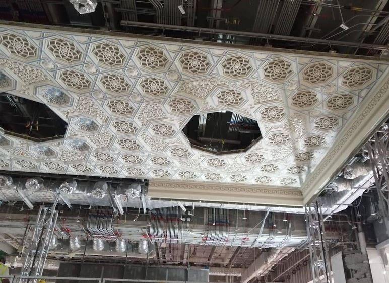https: img.okezone.com content 2020 07 13 615 2245629 intip-pembangunan-gerbang-utama-masjidil-haram-mahakarya-arsitektur-islam-uSAdB2dYkV.JPG