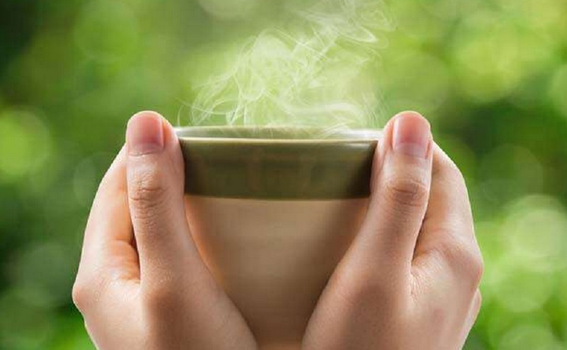4 Manfaat Minum Air Hangat Nomor 1 Mencegah Batuk Pilek Okezone Lifestyle