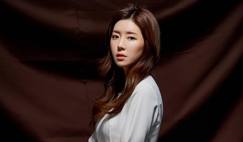 https: img.okezone.com content 2020 07 15 33 2246786 suami-terjerat-skandal-burning-sun-aktris-park-han-byul-hijrah-ke-jeju-s1zvr1X5aZ.jpg