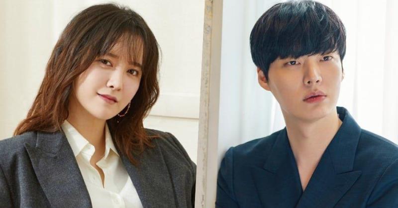 https: img.okezone.com content 2020 07 15 33 2246807 ahn-jae-hyun-dan-goo-hye-sun-resmi-bercerai-jsrSmnh1xS.jpeg