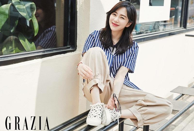 https: img.okezone.com content 2020 07 15 33 2246945 setelah-jimin-kwon-mina-unfollow-akun-instagram-seolhyun-dan-chanmi-aoa-9V5k6VDNGc.jpg