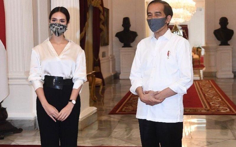 https: img.okezone.com content 2020 07 15 612 2246778 dapat-mandat-dari-presiden-jokowi-mama-cantik-raisa-ingatkan-pentingnya-pakai-masker-ucpYhIj1jS.jpg