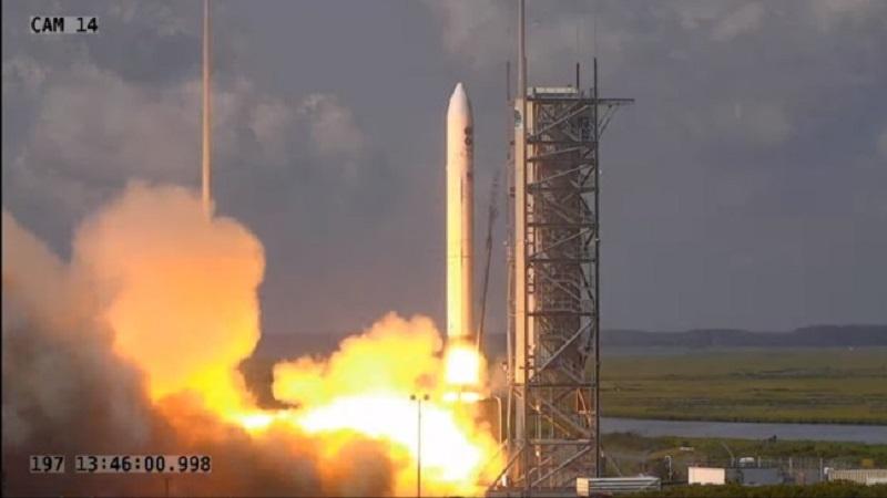https: img.okezone.com content 2020 07 16 16 2247475 as-luncurkan-4-buah-satelit-pengintai-ke-lintasan-orbit-H8W2sufRcZ.jpg