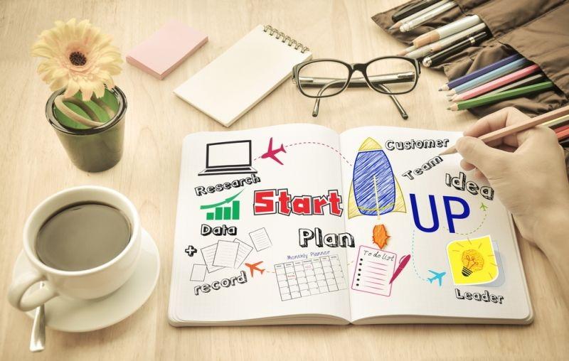 https: img.okezone.com content 2020 07 16 320 2247605 salah-satu-pendiri-facebook-akan-ubah-startup-nya-jadi-navigasi-pekerjaan-Zp2RDIHzdr.jpg