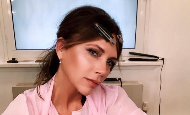 https: img.okezone.com content 2020 07 16 33 2247586 saingi-gwyneth-paltrow-victoria-beckham-akan-luncurkan-produk-baru-XPJLascU4n.jpg