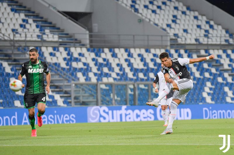 https: img.okezone.com content 2020 07 16 47 2247142 hasil-pertandingan-liga-italia-2019-2020-kamis-16-juli-29pK978rxX.jpg