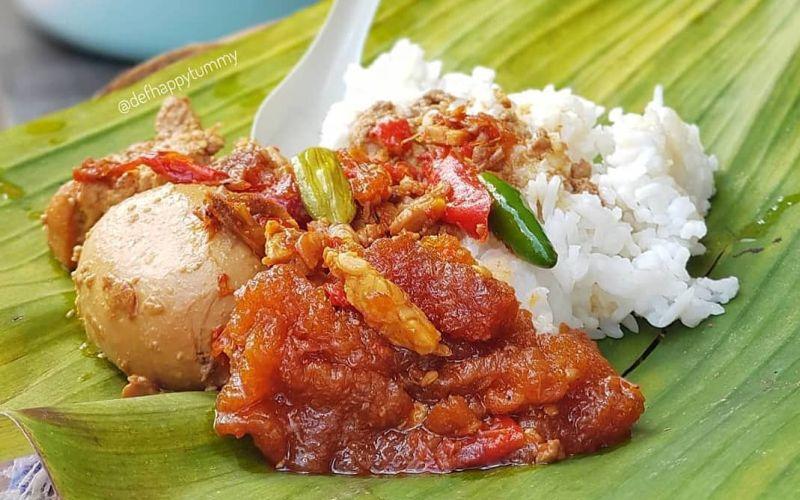 https: img.okezone.com content 2020 07 18 298 2248584 resep-masakan-gudeg-khas-yogyakarta-roaJ0m0hYO.jpg