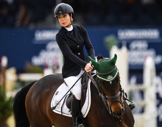 https: img.okezone.com content 2020 07 18 43 2248281 dalma-malhas-atlet-berkuda-asal-arab-saudi-berparas-cantik-dan-berprestasi-NHky4qqf8d.jpg
