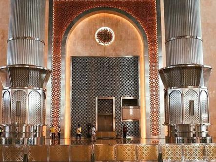 https: img.okezone.com content 2020 07 20 470 2249287 wajah-baru-masjid-istiqlal-dilengkapi-teknologi-pencahayaan-canggih-QprajGuIZO.png
