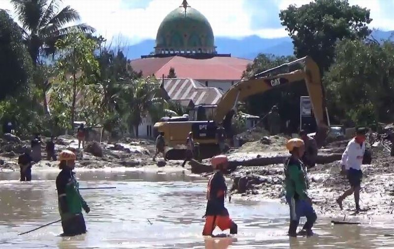 https: img.okezone.com content 2020 07 21 609 2249996 cari-6-korban-hilang-masa-tanggap-darurat-banjir-luwu-utara-diperpanjang-TCe4uCnB5c.jpg