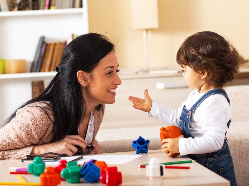 https: img.okezone.com content 2020 07 22 196 2250394 hari-anak-nasional-tips-atasi-anak-suka-lupa-waktu-bermain-dan-cepat-bosan-H1DdmRKyVa.jpg