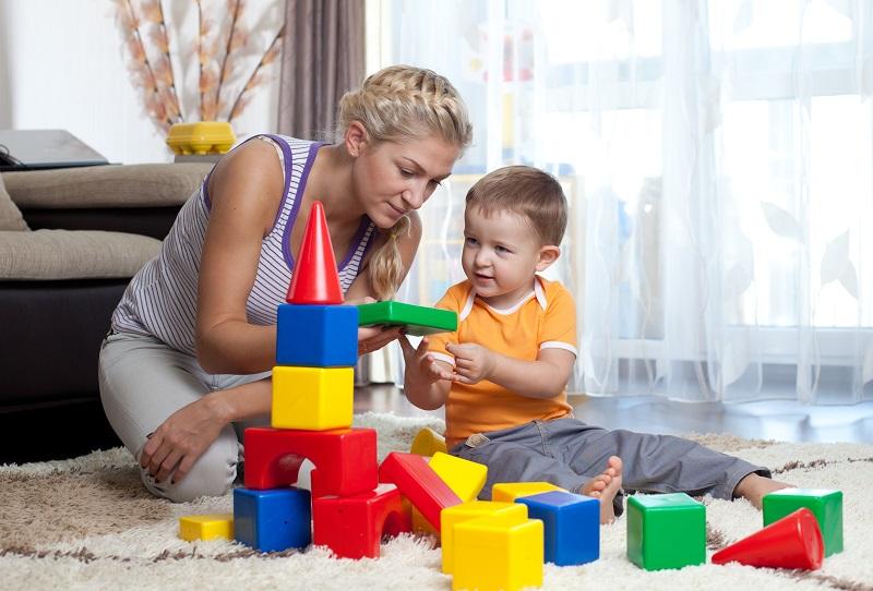 https: img.okezone.com content 2020 07 22 196 2250485 di-rumah-aja-bikin-anak-stres-biarkan-dia-bermain-untuk-mengasah-otak-HdpLuXVGMt.jpg