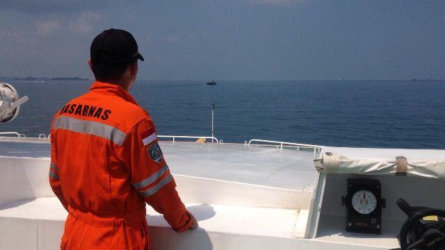 https: img.okezone.com content 2020 07 22 337 2250075 kapal-bahari-indonesia-terbakar-basarnas-kirim-tim-evakuasi-Z4V1EkGEnp.jpg