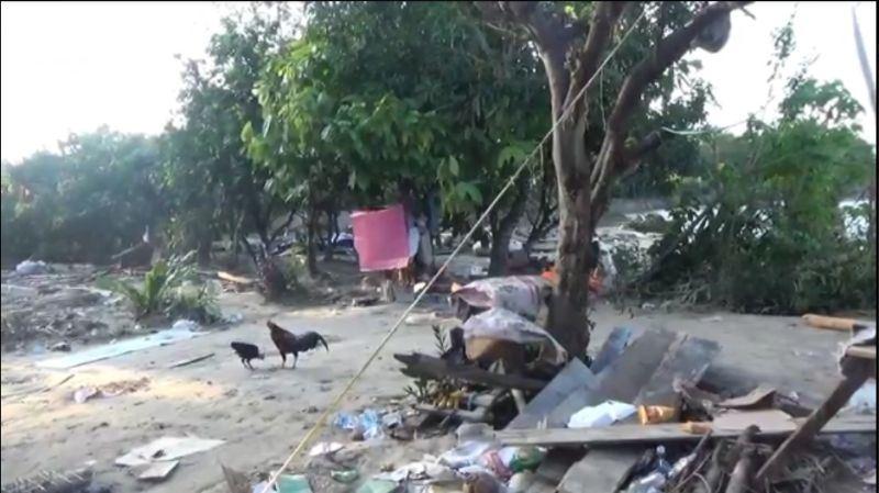https: img.okezone.com content 2020 07 22 609 2250384 banjir-luwu-utara-15-rumah-di-satu-desa-lenyap-DPEHxHPfgw.jpeg