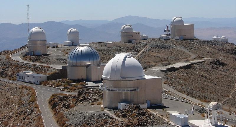 https: img.okezone.com content 2020 07 23 16 2251037 teleskop-besar-berhasil-tangkap-gambar-tata-surya-lain-VpMVBpLmpN.jpg