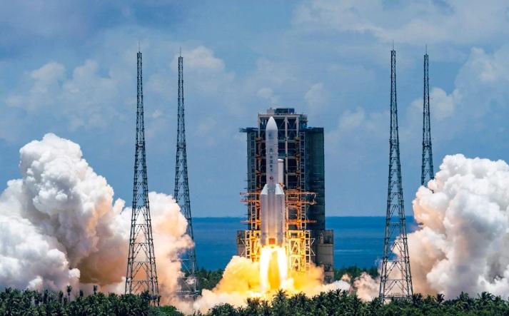 https: img.okezone.com content 2020 07 23 18 2250887 china-sukses-luncurkan-misi-satelit-tak-berawak-ke-mars-MStjiOtSSr.jpg