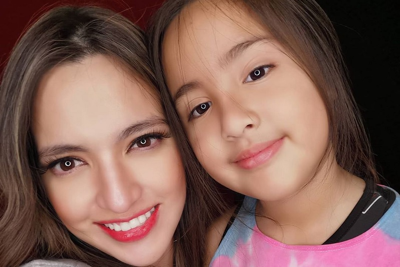 https: img.okezone.com content 2020 07 23 33 2250994 hari-anak-nasional-prestasi-gemilang-putra-putri-artis-indonesia-part-1-p6oceUZZpR.jpg