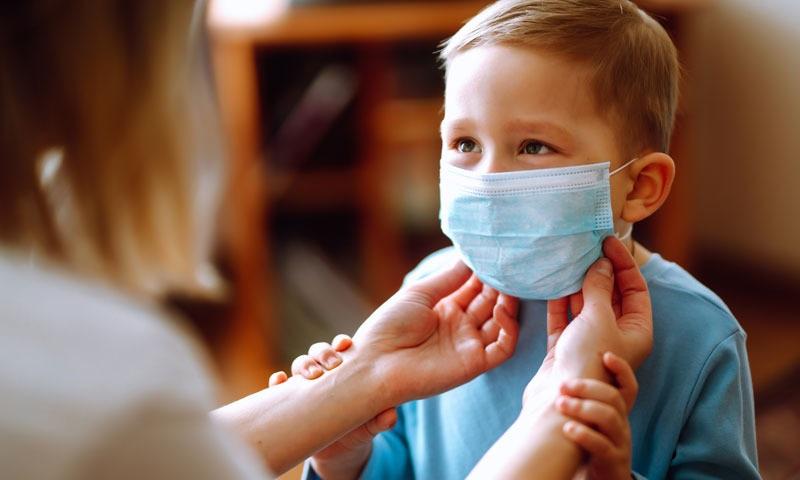 https: img.okezone.com content 2020 07 23 481 2250795 hari-anak-nasional-ini-5-tips-jaga-kesehatan-buah-hati-selama-pandemi-covid-19-suxrbicLy8.jpg