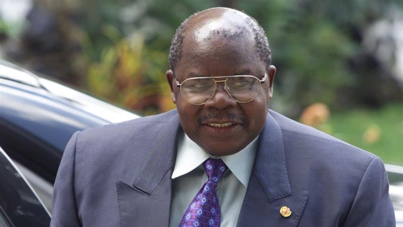 https: img.okezone.com content 2020 07 24 18 2251470 mantan-presiden-tanzania-benjamin-mkapa-meninggal-dunia-di-usia-81-tahun-9omwIZVt52.jpg