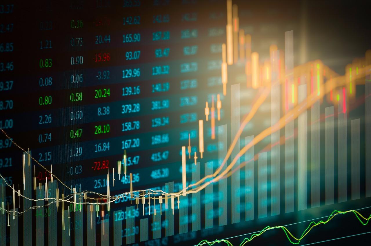 https: img.okezone.com content 2020 07 24 278 2251630 hati-hati-modus-penipuan-investasi-saham-yang-harus-diketahui-5CRLifGiTU.jpg