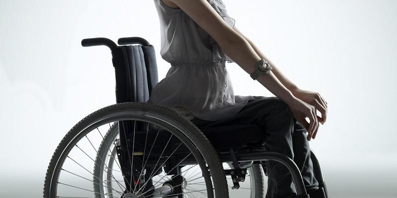 https: img.okezone.com content 2020 07 27 320 2252696 pekerja-disabilitas-tak-disediakan-fasilitas-yang-mudah-diakses-perusahaan-bakal-disanksi-Mn5mu5N2fg.jpg