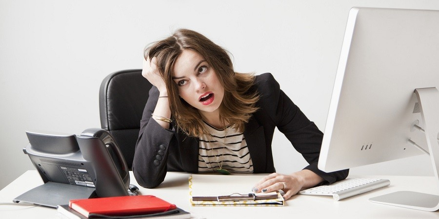https: img.okezone.com content 2020 07 28 320 2253276 5-tanda-stres-karena-pekerjaan-sering-marah-salah-satunya-CkRM4g8cgr.jpg