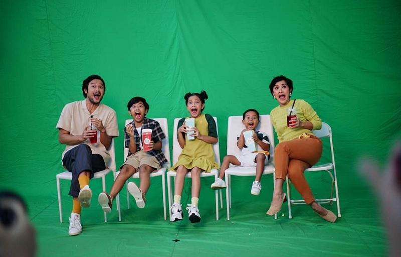 https: img.okezone.com content 2020 07 28 33 2253481 dwi-sasono-dukung-dru-widuri-dan-den-rilis-single-baru-NK7UNmz69J.jpg