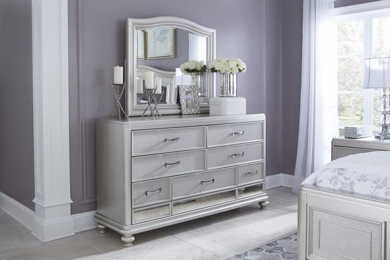 https: img.okezone.com content 2020 07 28 470 2253399 3-manfaat-cermin-sebagai-interior-rumah-ogsxN1OBzO.jpg