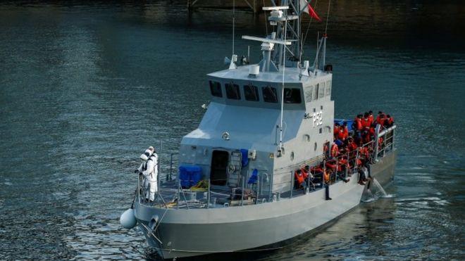 https: img.okezone.com content 2020 07 29 18 2254074 diselamatkan-penjaga-pantai-malta-65-migran-dites-positif-covid-19-G8qbTv93XT.jpg