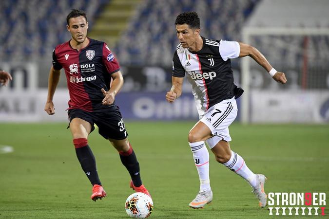 https: img.okezone.com content 2020 07 30 47 2254298 terpaut-4-gol-dari-immobile-kecil-peluang-cristiano-ronaldo-jadi-top-skor-liga-italia-IIFl9VFU8H.jpg