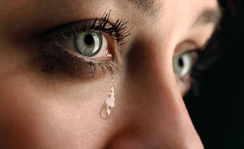 https: img.okezone.com content 2020 07 30 481 2254591 ini-pentingnya-menangis-yang-perlu-anda-ketahui-SGrZoDfoEN.jpg