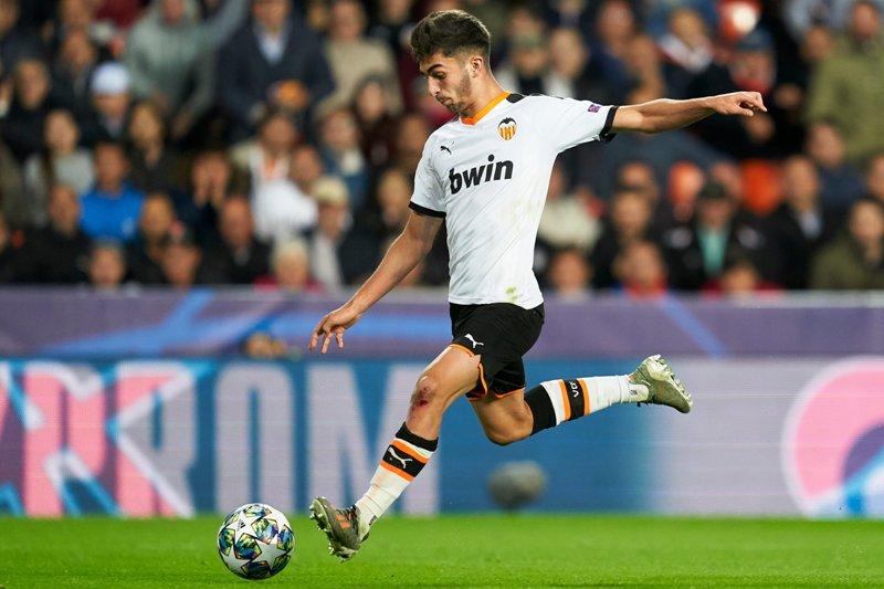 Man City Selangkah Lagi Dapatkan Ferran Torres Okezone Bola