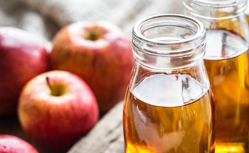 https: img.okezone.com content 2020 07 30 611 2254467 manfaat-cuka-apel-untuk-kecantikan-kulit-salah-satunya-mengatasi-jerawat-aE1xqago3U.jpg