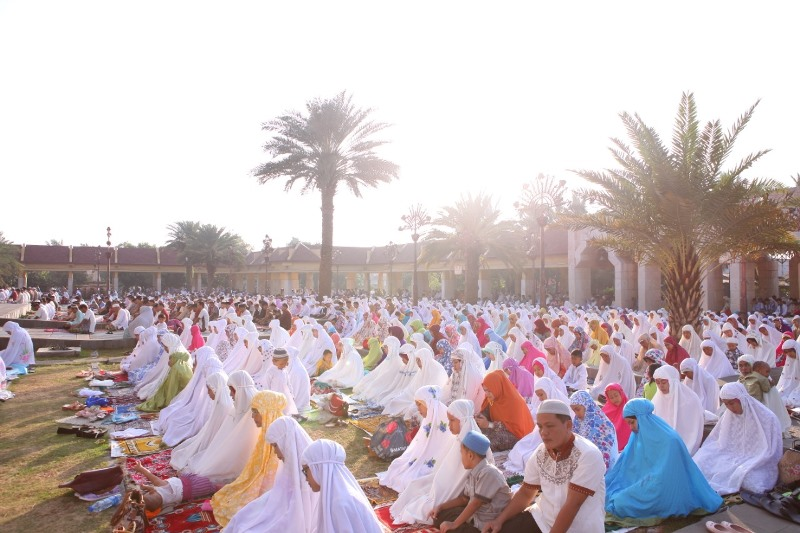 https: img.okezone.com content 2020 07 30 620 2254388 menag-sholat-idul-adha-1441-hijriah-dapat-dilakukan-di-lapangan-atau-masjid-SNYtdoJ8wp.jpg