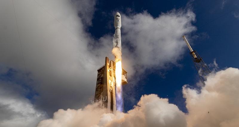 https: img.okezone.com content 2020 07 31 16 2254974 gunakan-roket-atlas-v-ini-tujuan-nasa-kirim-robot-ke-mars-DsPySk9aI3.jpg