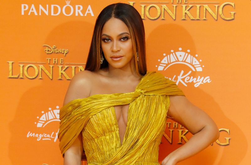 https: img.okezone.com content 2020 07 31 205 2255051 terinspirasi-film-the-lion-king-beyonce-rilis-black-is-king-vgorrkE1Bb.jpg