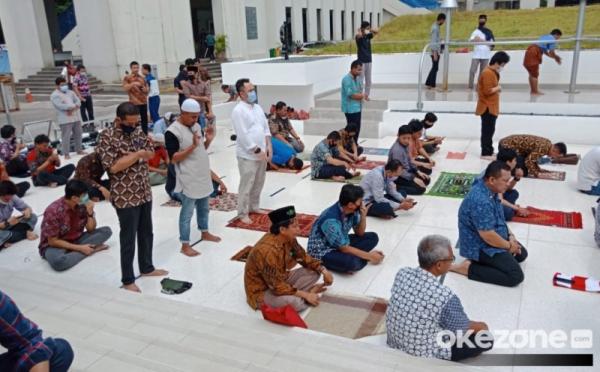 https: img.okezone.com content 2020 07 31 614 2255114 idul-adha-dan-kurban-jadi-bagian-penting-bulan-dzulhijjah-FQHjmpFhTt.jpg