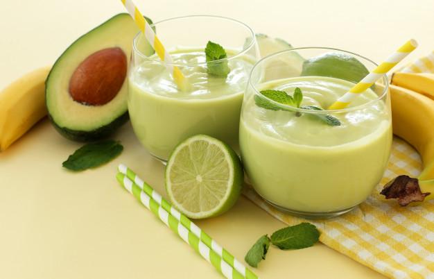 https: img.okezone.com content 2020 08 03 12 2256061 cocok-untuk-diet-yuk-coba-khasiat-buah-alpukat-ala-debm-fhmu5q8f04.jpg