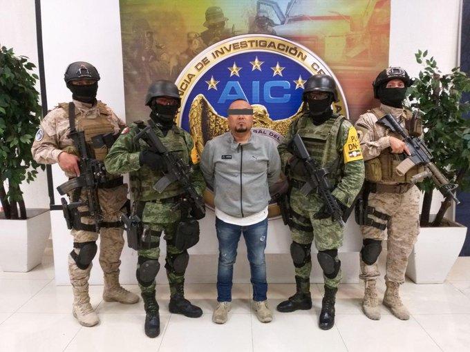 https: img.okezone.com content 2020 08 03 18 2256139 polisi-bekuk-el-marro-pimpinan-salah-satu-kartel-terkejam-meksiko-Ew9zBcxb5N.jpg